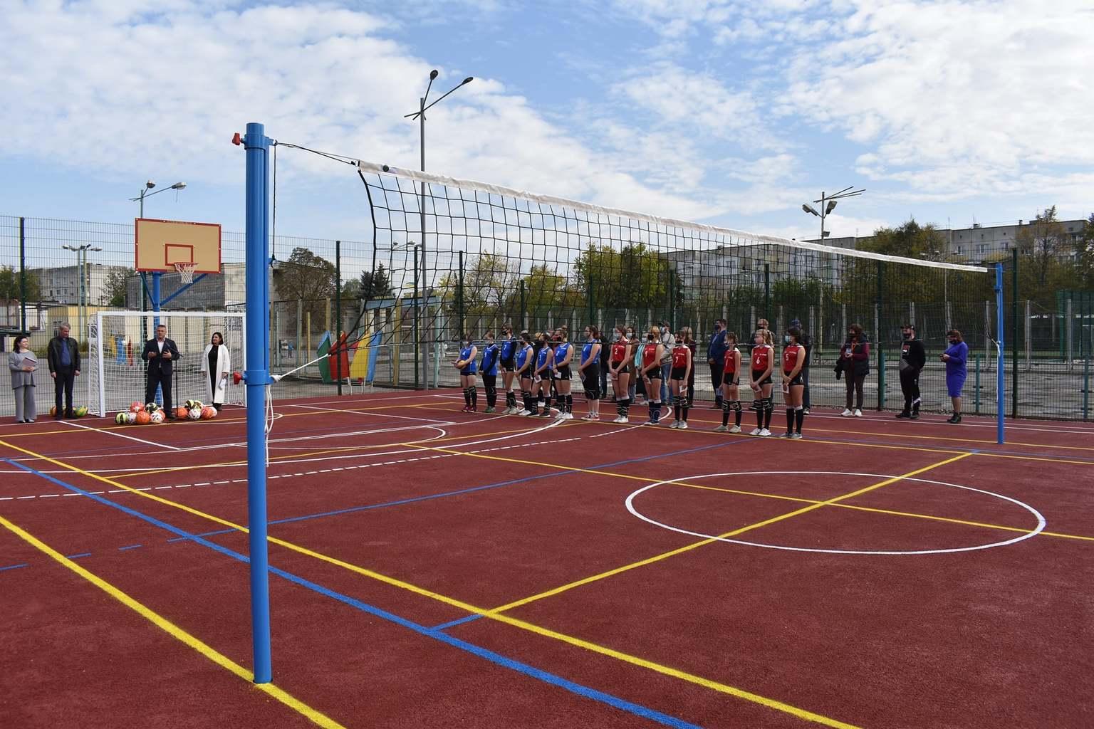 В Баришівці відкрито мультифункціональні майданчики. Фото