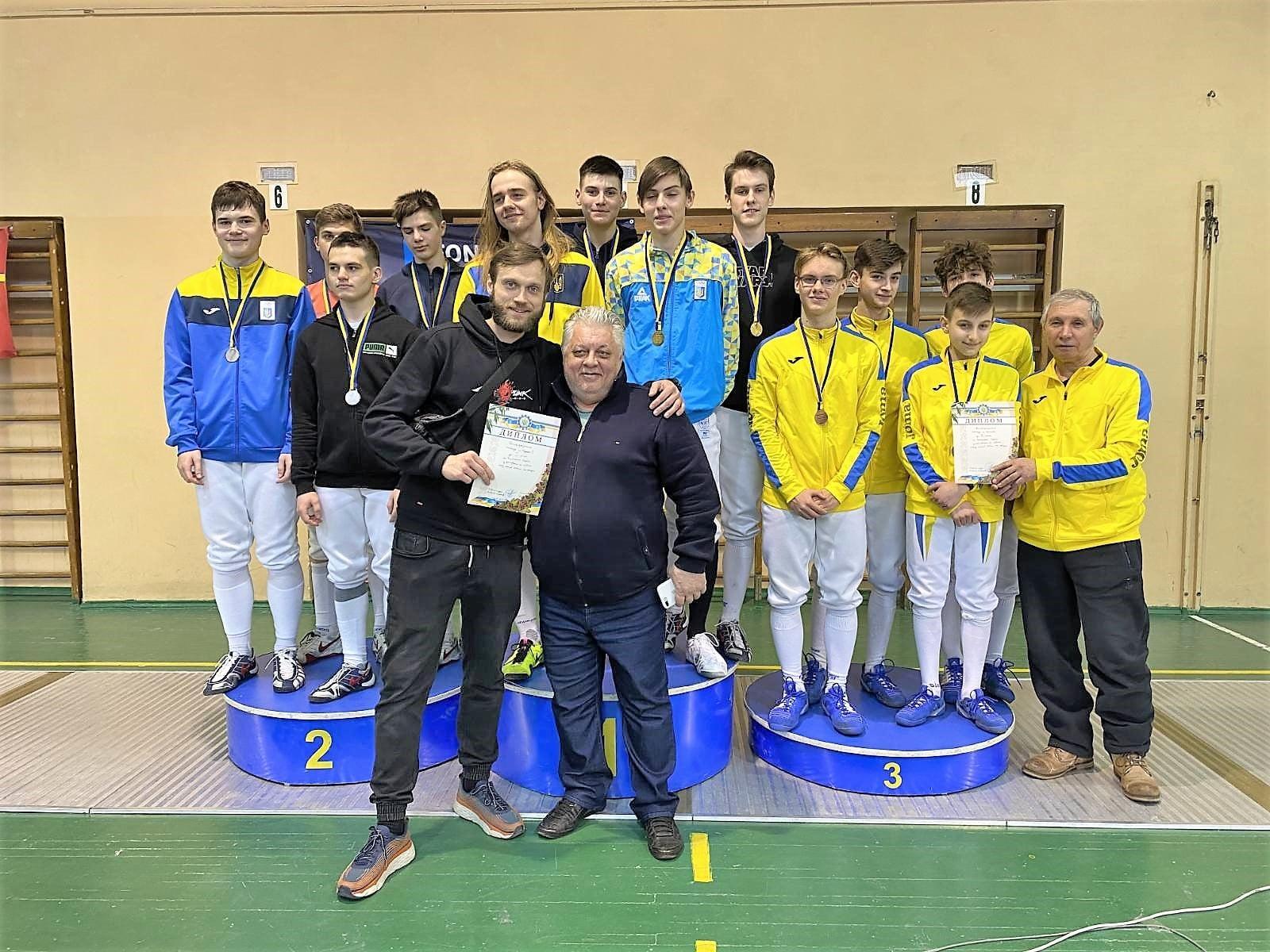Чемпіонат України з фехтування на шаблях серед кадетів. фото