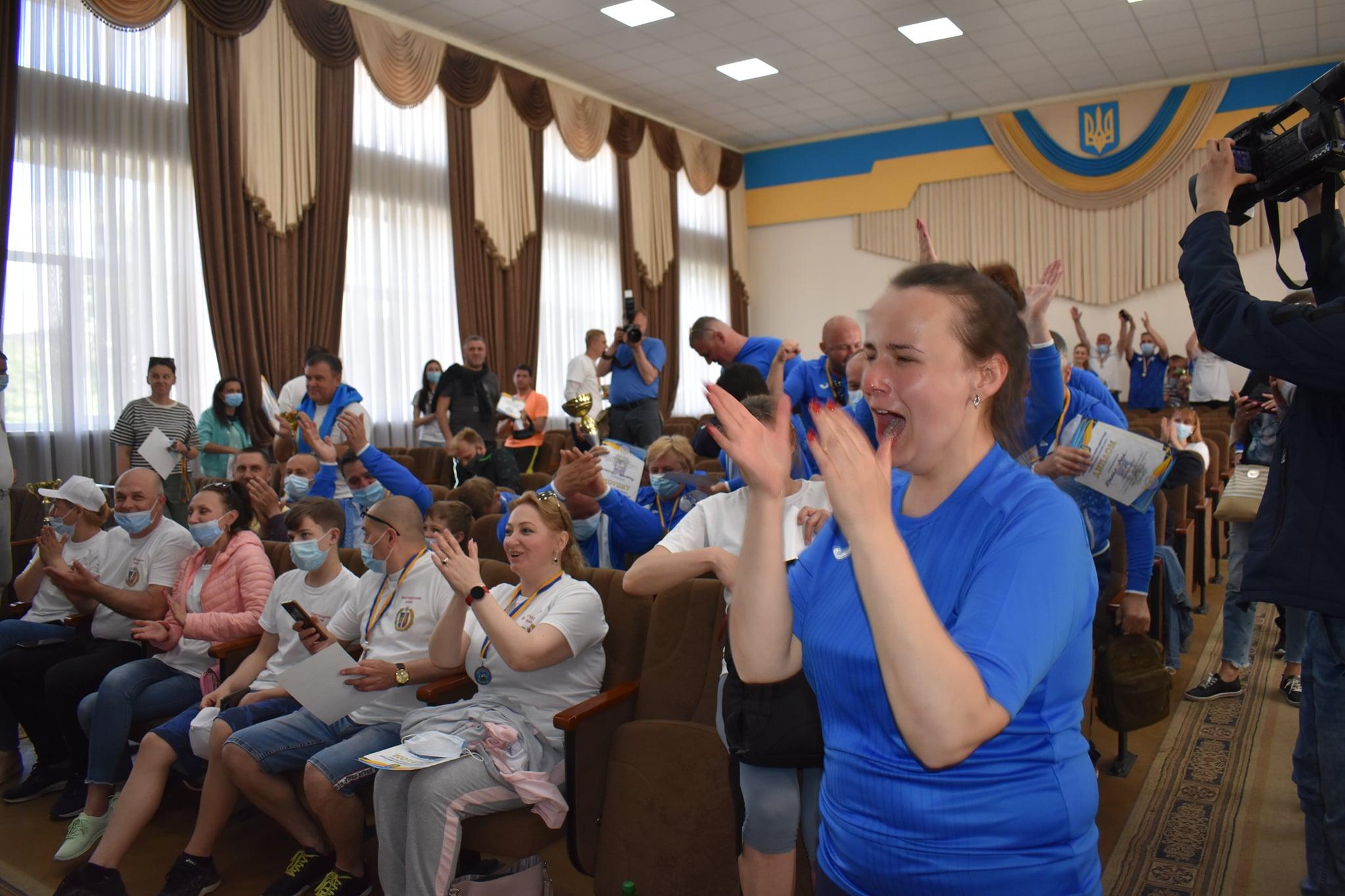 Бровари - чемпіони Спартакіади. фото