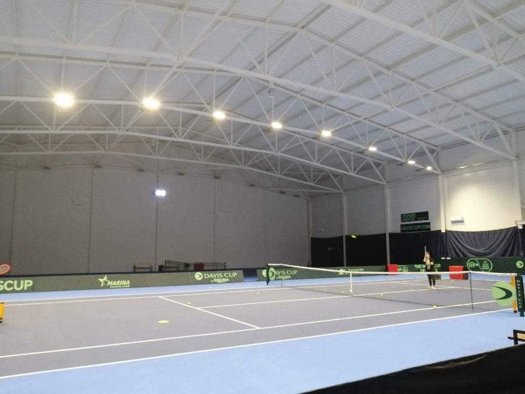В Погребах відкрито один з найбільших тенісних клубів України. фото