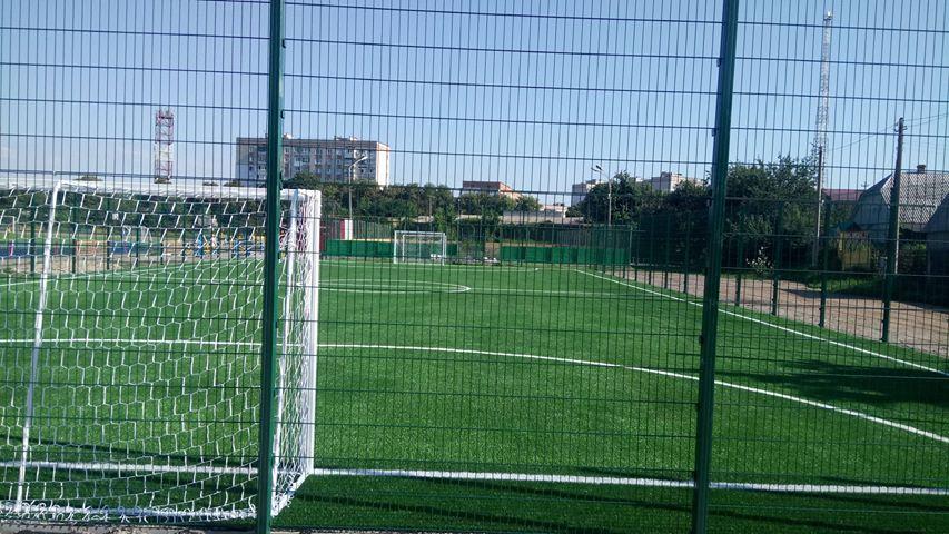 Футбольне поле, Фастів. Фото