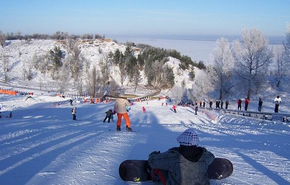 База зимових видів спорту, Вишгород. Фото