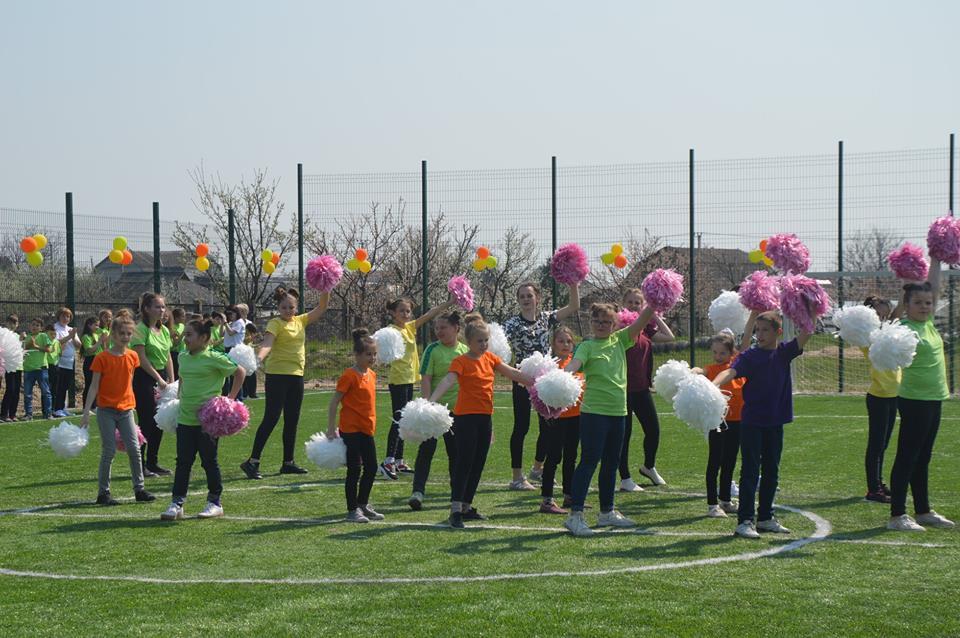 Відкриття футбольного поля в Синяку. Фото