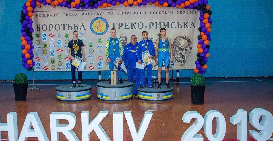 ЧУ з греко-римської боротьби U-15, Харків. Фото
