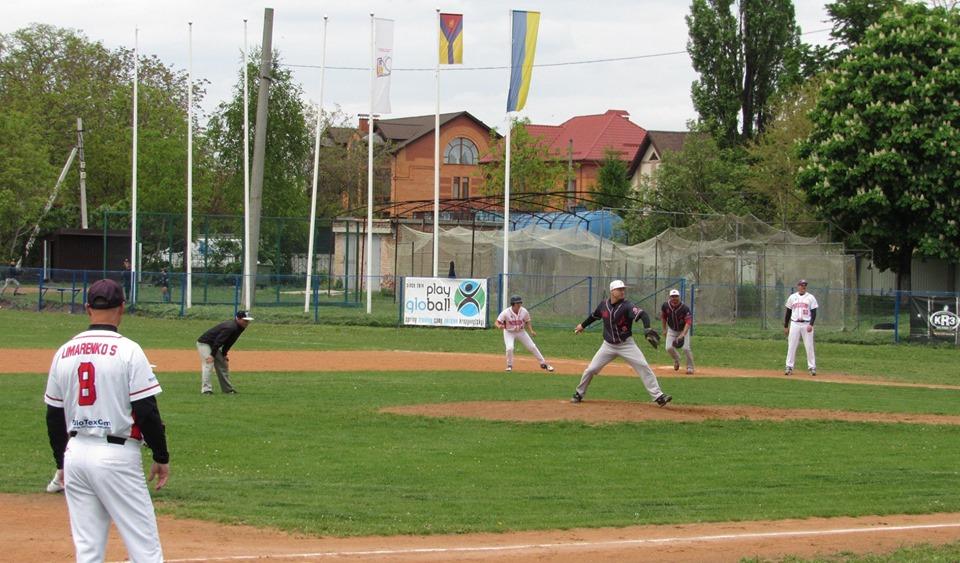 Чемпіонат України з бейсболу, 1 коло, 1 тур, Кропивницький. Фото