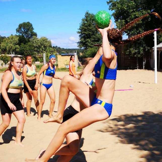 Чемпіонат України з пляжного гандболу серед юнаків та дівчат 2004-05 років народження. фото