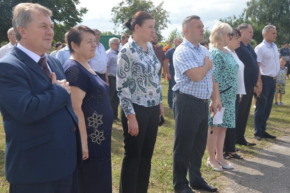 Відкриття міні-футбольного майданчика, Телешівка. Фото