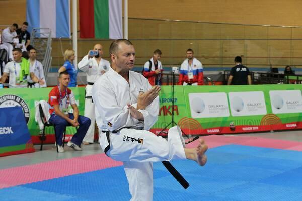 Ук Дара Чан, Юрій Севастюк. Управління фізичної культури і спорту