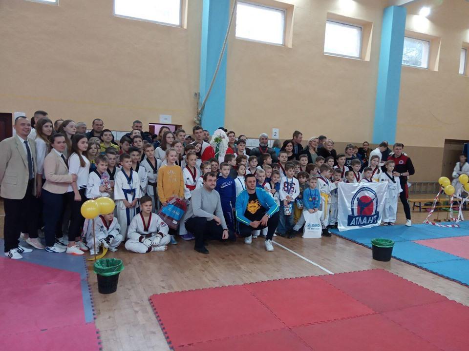 Кубок Святого Миколая боролися з тхеквондо, Боярка. Фото