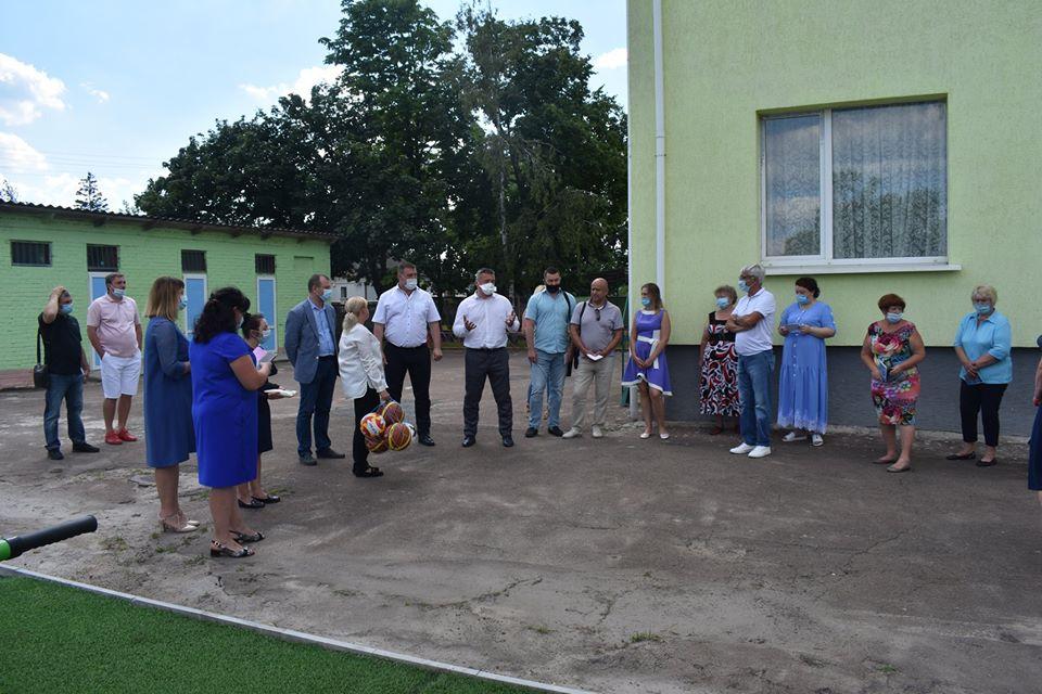 Відкриття воркаут-майданчика в Пролісках. Фото