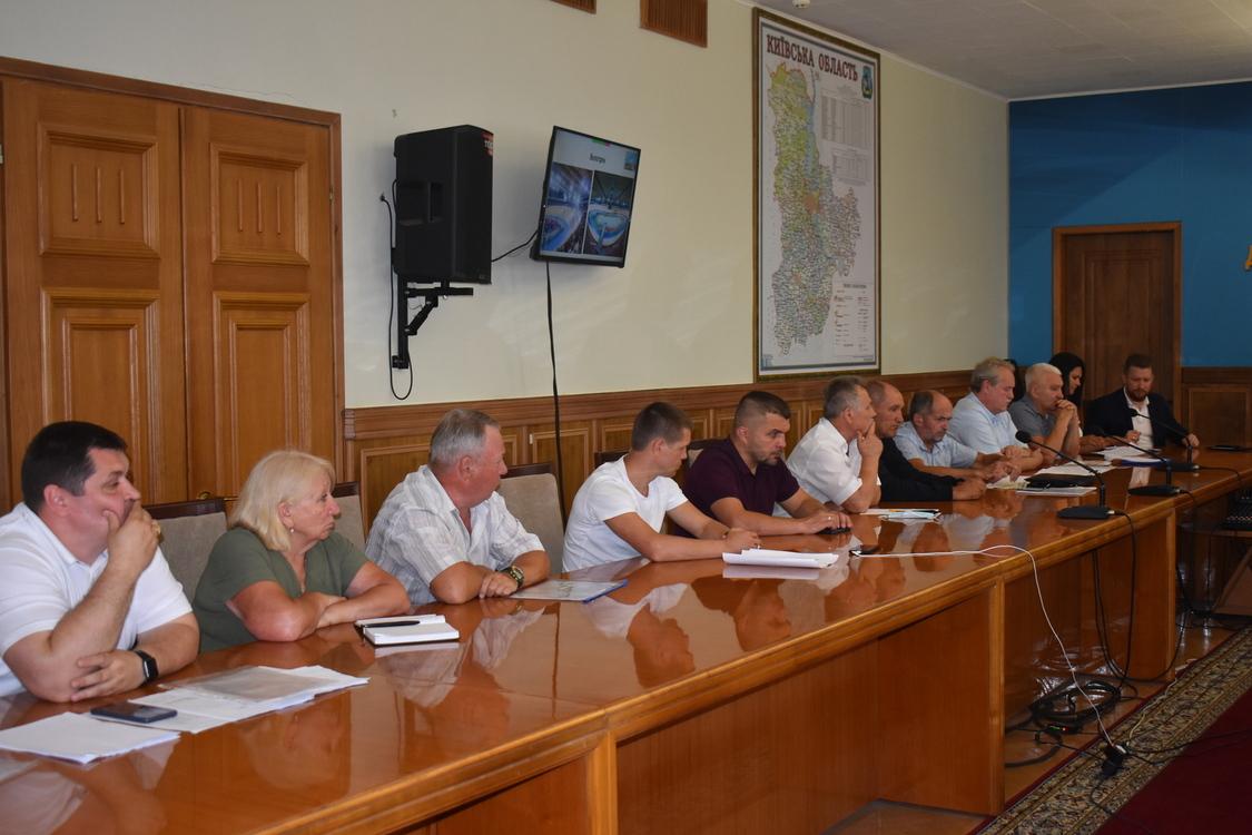 Реконструкція спортивних закладів, нарада в КОДА. фото