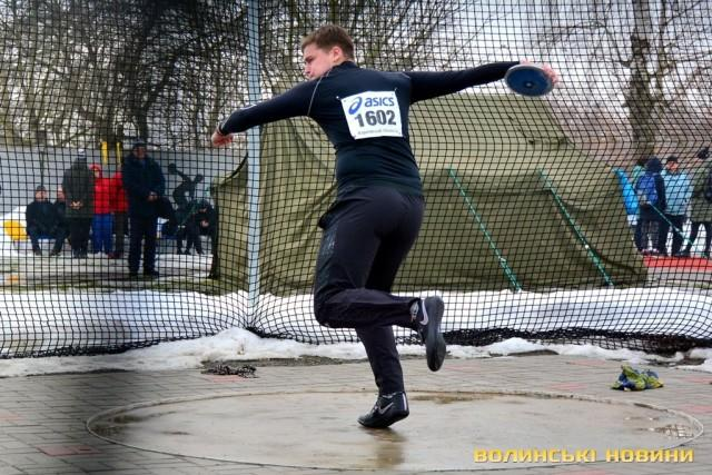 Чемпіонат України з легкоатлетичних метань. фото