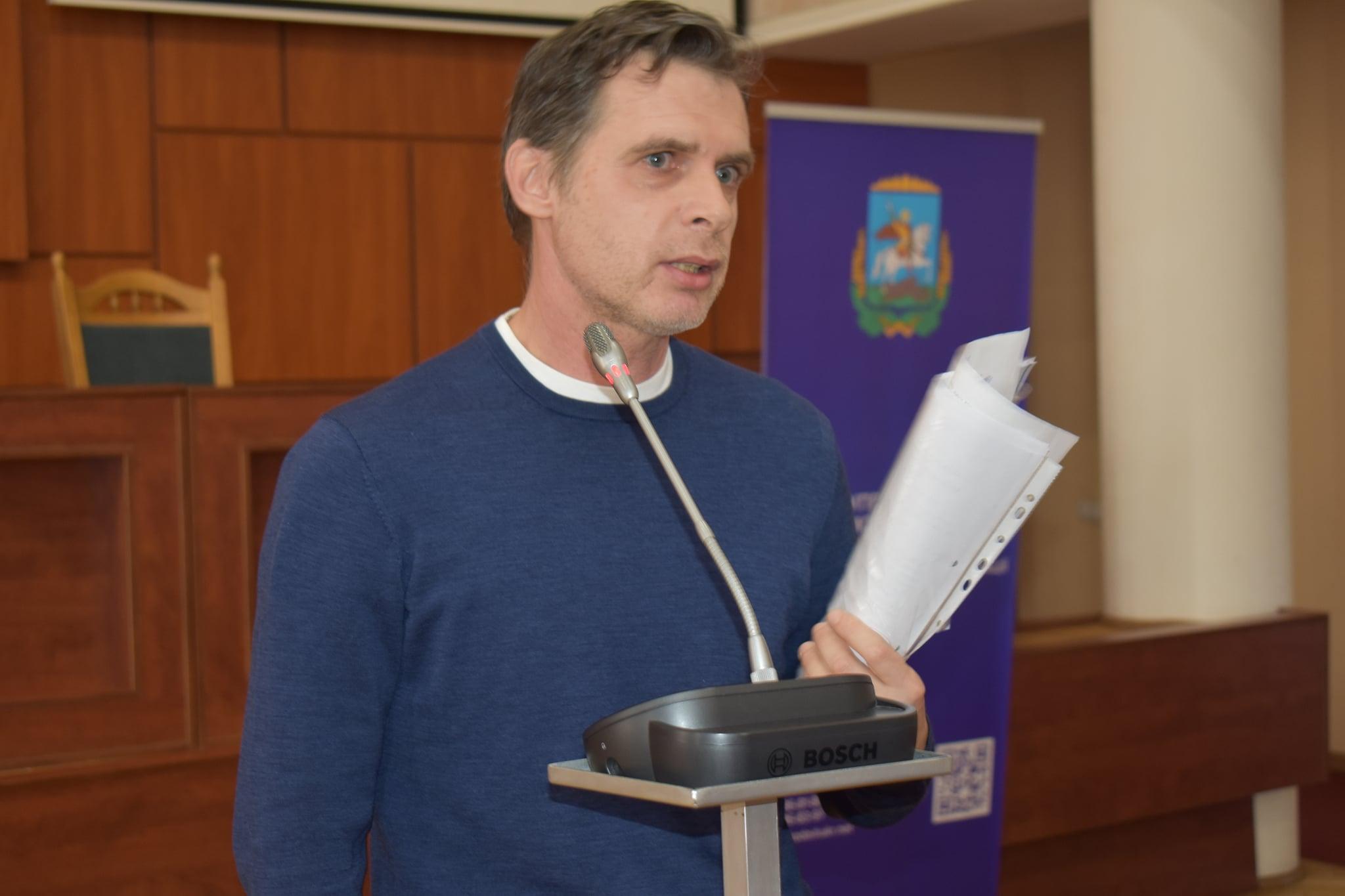 Денис Мірзоєв. фото