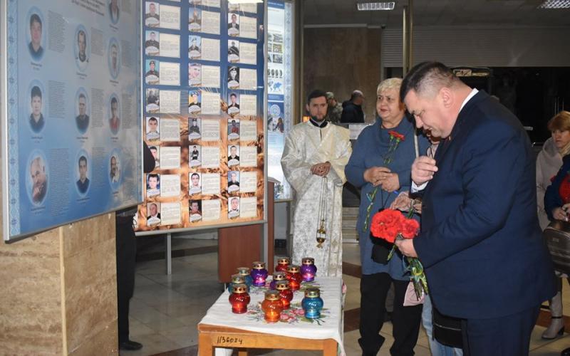 На День Гідності в КОДА вшанували пам'ять Небесної Сотні. Фото