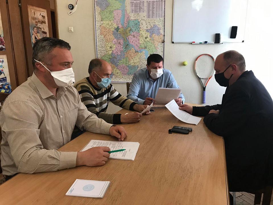 Відбулося засідання комісії з питань співпраці з громадськими організаціями: підписані нові угоди. фото