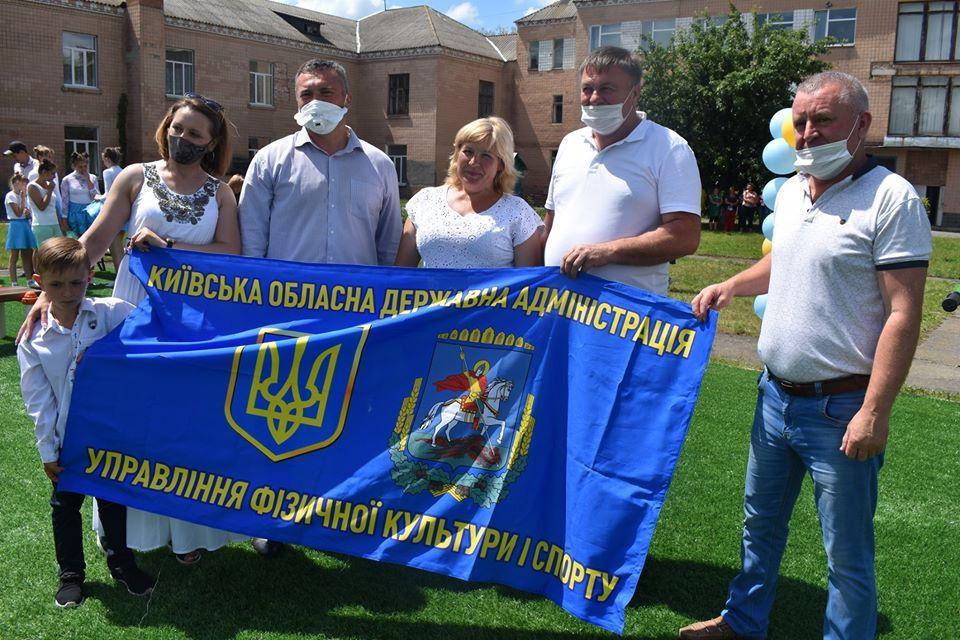 Відкриття воркаут-майданчика в Іванівці. Фото