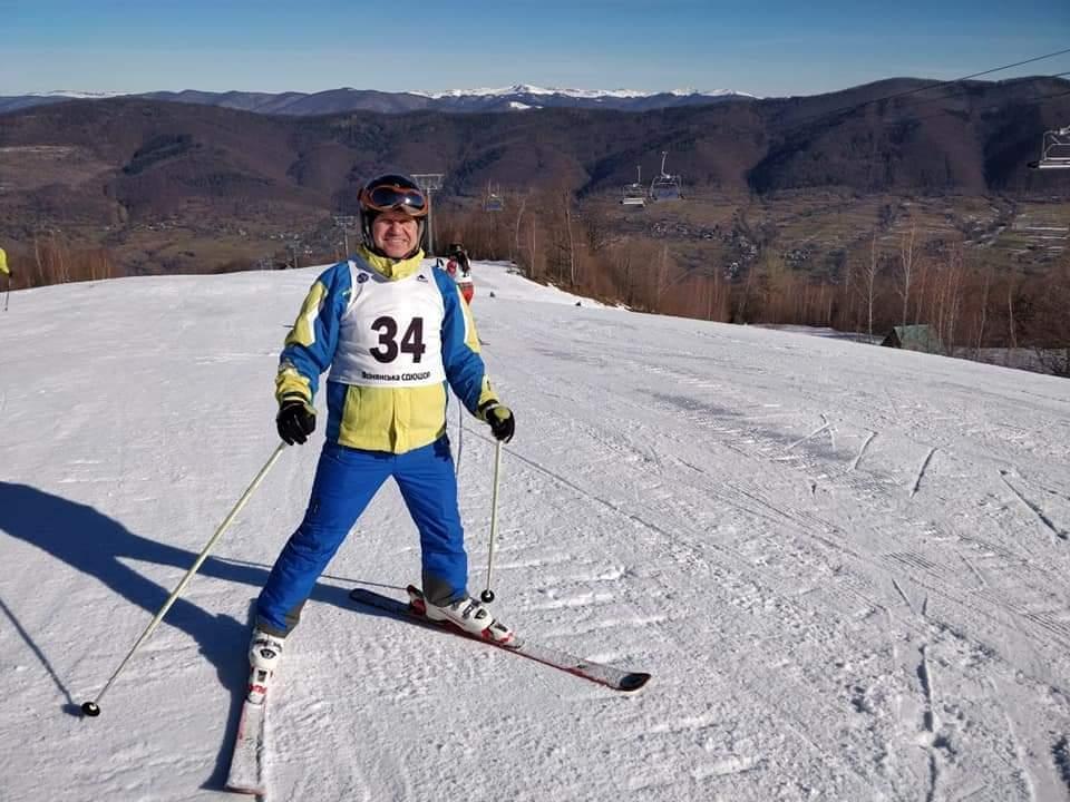 чемпіонат України з гірськолижного спорту серед спортсменів з порушеннями слуху. фото