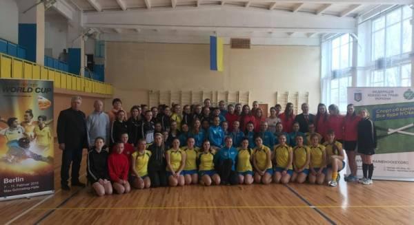 Чемпіонат України з індорхокею. Фото