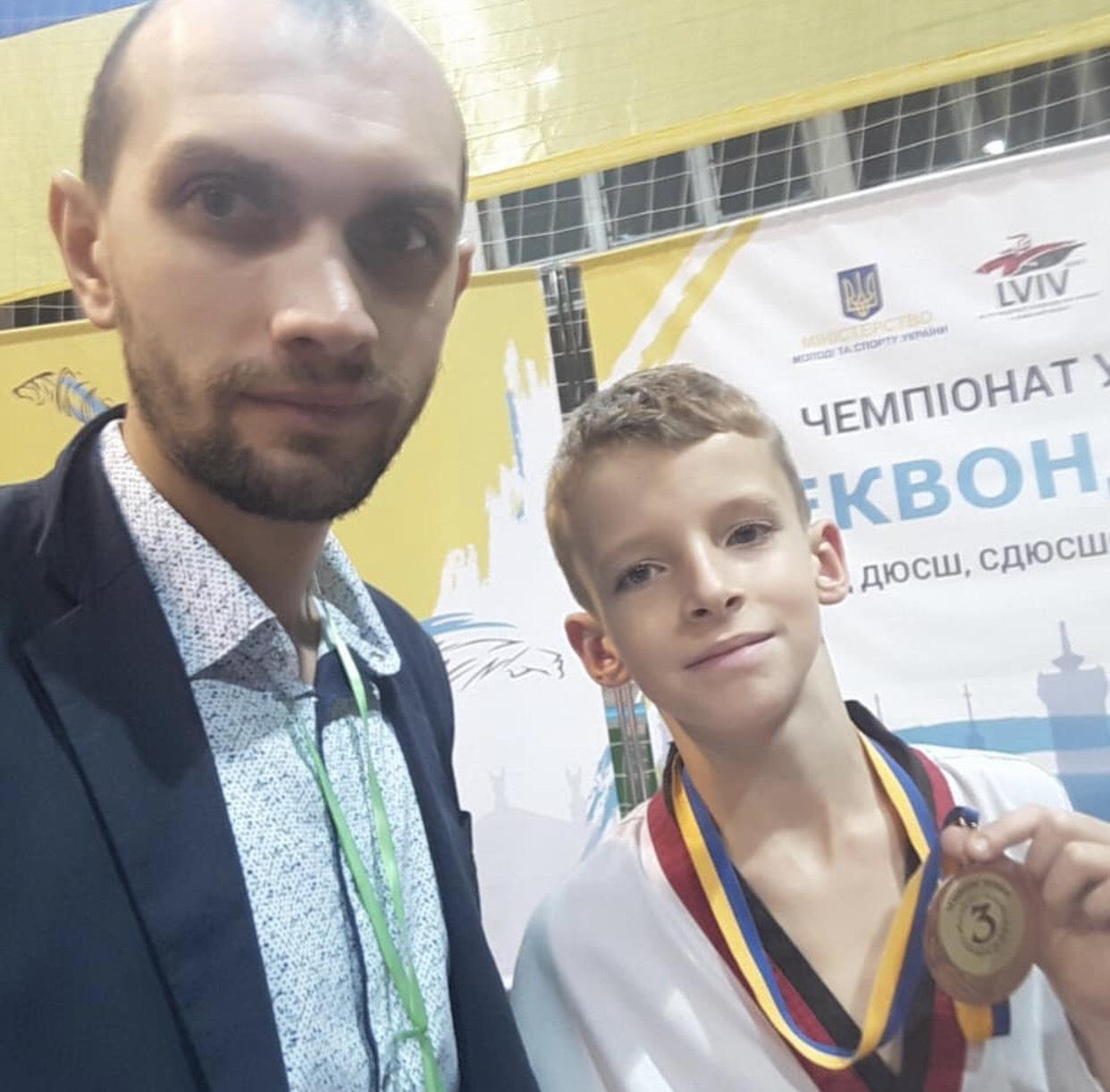 Денис Вєтошкін (тренер Андрій Сак). Фото