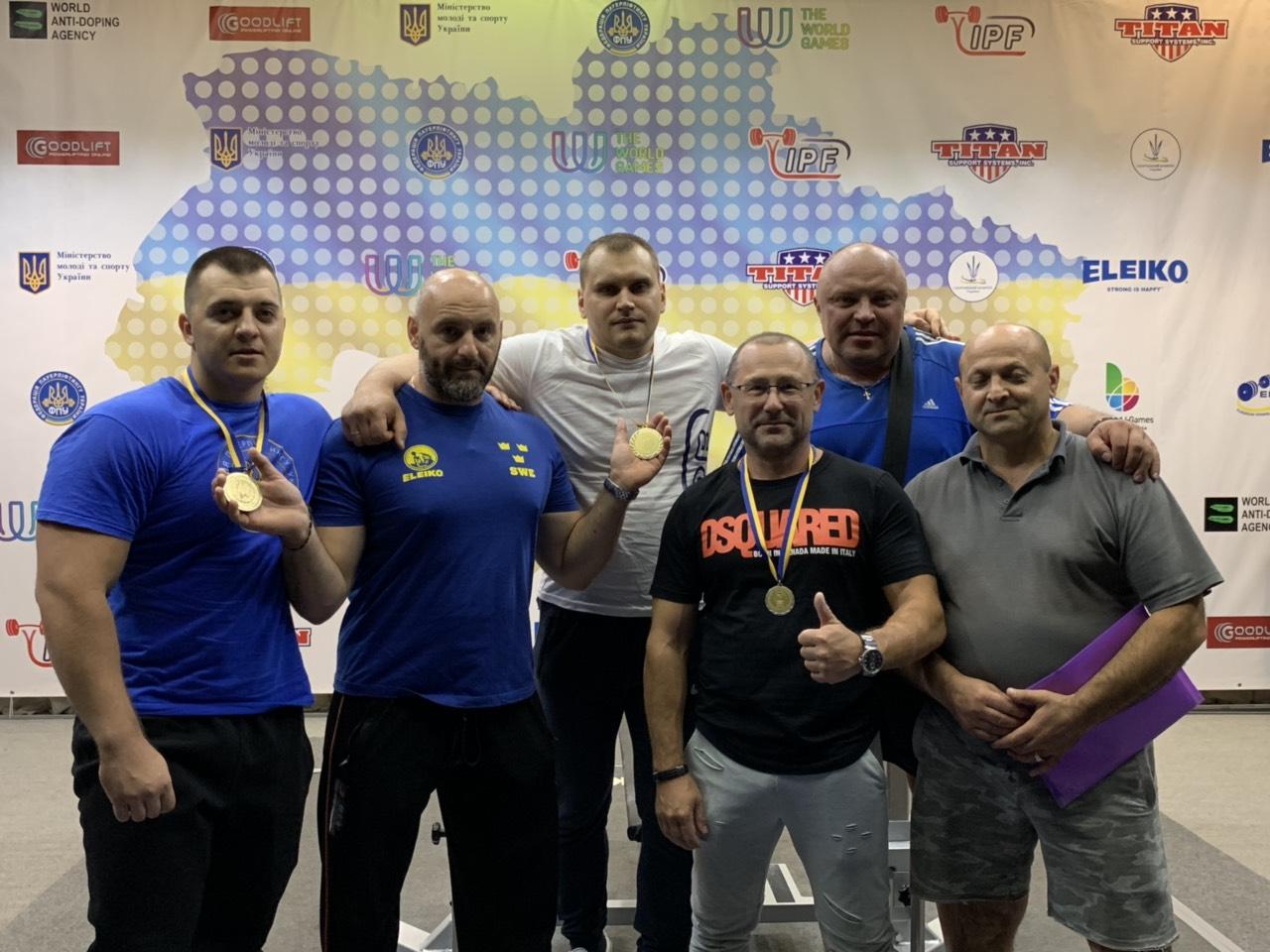 Чемпіонат України з класичного жиму лежачи, Коломия. Фото'
